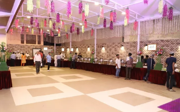 Aryan Banquet Hall, Girgaon